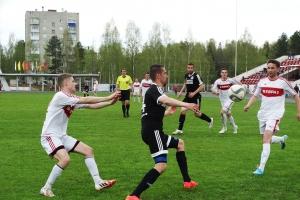 Футбольная «Синара» из Каменска-Уральского одержала крупную гостевую победу в Качканаре