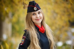 Мария Зиненко из Каменска-Уральского поборется за звание победителя областного конкурса «Красавица в погонах»