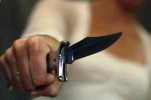Жительница Каменска-Уральского ножом ранила своего сожителя. Ей грозит десять лет колонии