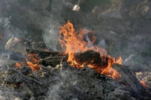 Вчера вечером в деревне Ключи, что под Каменском-Уральским, горел дом-дача