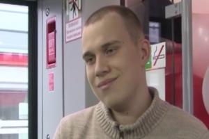 Даниил Шулаев из Каменска-Уральского стал 2-миллиоными пассажиром скоростного поезда «Ласточка» в Свердловской области
