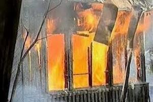 В среду вечером сразу в двух коллективных садах в Каменске-Уральском горели домики