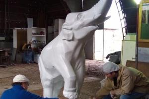 Уже на этой неделе должны будут восстановить чашу фонтана «Слон» в Красногорском районе Каменска-Уральского