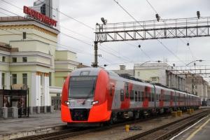 Один из пассажиров «Ласточки» Екатеринбург – Каменск-Уральский станет 2-милионным человеком, купившим билет на эти скоростные поезда