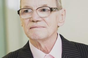 Пропавший в Екатеринбурге пенсионер нашелся в Каменске-Уральском