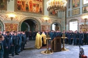 Пожарные Каменска-Уральского почтили свою небесную покровительницу и получили персональные иконки