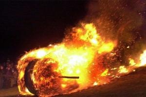 800 тонн сена горит под Каменском-Уральским. Тушить начали еще вчера вечером