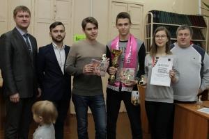 Учащиеся школы №1 Каменска-Уральского вновь стали победителями шахматного турнира, организованного Синарским трубным заводом