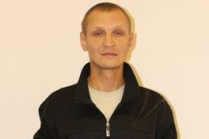 Рецидивист с тросточкой, освободившийся из колонии в Каменске-Уральском, ограбил в Первоуральске 85-летнего пенсионера