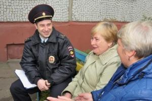 Девять участковых уполномоченных участвуют в конкурсе на звание «Лучший участковый уполномоченный полиции Каменска-Уральского в 2017 году»