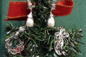 Магазин ювелирных изделий «Узор-Золото» дарит скидку 3% на ВСЕ ювелирные изделия до 14 февраля! В том числе – на обручальные кольца с бриллиантами!