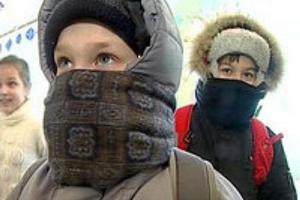 Минобразования области напомнило школам Каменска-Уральского, как и всей области, о правилах организации учебного процесса в морозы