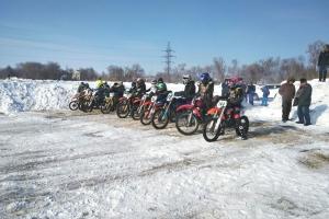 Три награды привезли с зимнего Кубка Свердловской области по мотокроссу гонщики из Каменска-Уральского