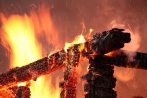 Поздно вечером 21 января под Каменском-Уральским горела частная баня
