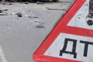 Автомобиль, ехавший в Каменск-Уральский, попал в ДТП на трассе «Екатеринбург-Курган». Трое пострадавших