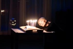Спектакль «Девочка из переулка. Хэллоуин» «Драмы Номер Три» из Каменска-Уральского будет показан в программе XVI Фестиваля театров малых городов России