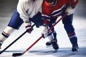 «Вымпел» выиграл первый круг чемпионата Каменска-Уральского по хоккею