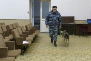 Готовились к нештатной ситуации. Полицейские Каменска-Уральского провели учения на избирательном участке