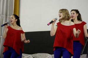 В Каменске-Уральском прошел первый отборочный тур телевизионного конкурса исполнителей эстрадной песни «Каменская звезда»