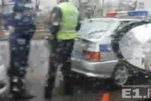 Вчера вечером в Каменске-Уральском в аварию попала машина ГИБДД