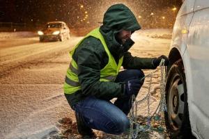 Более 250 пешеходов без световозвращающих элементов в одежде задержано на загородных трассах под Каменском-Уральским с начала этого года
