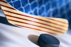 «Темп» из Каменска-Уральского сохраняет шансы на получение золота чемпионата Асбеста по хоккею