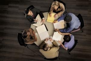 Министерство инвестиций и развития и региональный фонд поддержки предпринимательства организуют в Каменске-Уральском креатив-сессию для поиска социально значимых идей