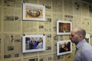 В Екатеринбурге прошла фотовыставка, на которой показали, как в Каменске-Уральском… ликвидируются свалки