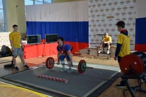 Спортсмены из Каменска-Уральского успешно выступили на Кубке Свердловской области по пауэрлифтингу
