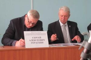 В Каменске-Уральском активно стали готовиться к предстоящему паводку