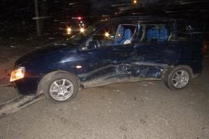 Вчера вечером в Каменске-Уральском в ДТП пострадал 22-летний водитель