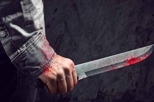 В пьяной драке 39-летнгий житель Каменска-Уральского ножом ранил своего сверстника