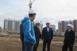 Строительство школы в Каменске-Уральском проверил департамент государственного жилищного и строительного надзора Свердловской области