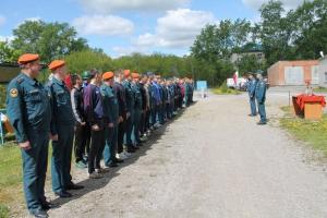 Огнеборцы Каменска-Уральского провели соревнования по пожарно-спасательному спорту, посвященные своему погибшему товарищу