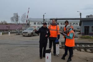В Каменске-Уральском и районе усилили контроль за железнодорожными переездами