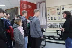 В Каменске-Уральском алюминиевый завод пригласил школьников  в музей
