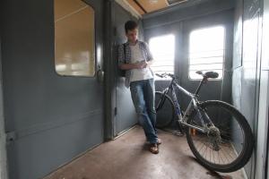 Завтра велосипедистов Каменска-Уральского, как и всей области, в электричках будут возить бесплатно