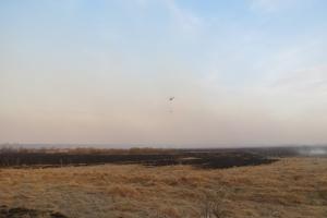 Под Каменском-Уральским пожар тушили с помощью вертолета