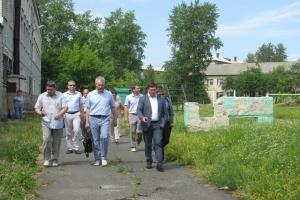 В Каменске-Уральском началась реконструкция стадиона лицея №10. Работы должны завершиться к 25 августа