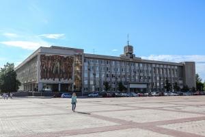 Налоговых должников вновь вызвали в администрацию Каменска-Уральского. Обсудили и своевременную выдачу зарплат