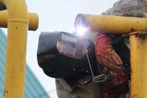Поселок Ленинский в Каменске-Уральском на четыре дня остался без газа. Устраняют дефекты на газопроводе