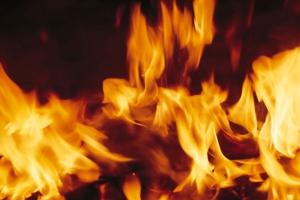 Под Каменском-Уральским сегодня утром горел жилой дом барачного типа