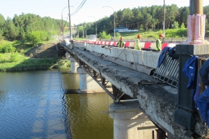На этой неделе стартует второй этап ремонта Байновского моста в Каменске-Уральском. Все подробности