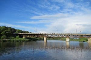 Директор УГХ Каменска-Уральского Яков Барбицкий: «Сегодня ты подделал пропуск для проезда по Байновскому мосту. Завтра – в старика плюнешь»
