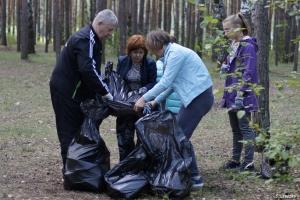 Чем в Каменске-Уральском завершился чемпионат по уборке мусора