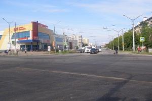Полностью перекрывать движение транспорта во время фрезерования и укладки асфальта на проспекте Победы в Каменске-Уральском не будут