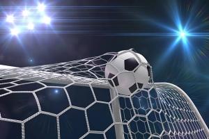 Футбольная «Синара» из Каменска-Уральского одержала гостевую победу в матче с одним из лидеров областного чемпионата
