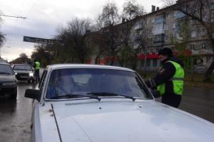За четыре часа в Каменске-Уральском и районе выявили более ста нарушений на пешеходных переходах