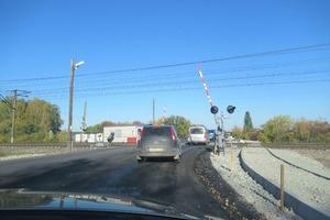 В Каменске-Уральском завершили ремонт дороги у железнодорожного переезда на «93 километре»