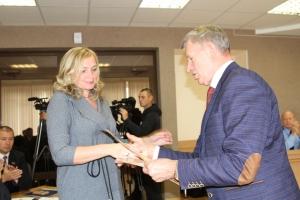 От песочницы до мотоцикла. С начала года дума Каменска-Уральского направила на выполнение наказов избирателей почти 4,5 миллиона рублей